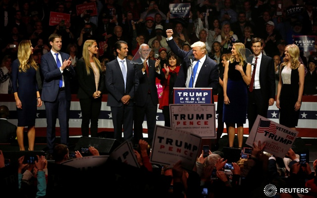 Tump with his family at New Hampshire rally. Reuters
