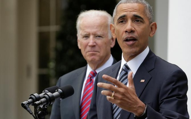 US President Barack Obama and Vice President Joe Biden speak after the election of Donald Trump in the presidential election at the White House in Washington, Nov 9, 2016. Reuters