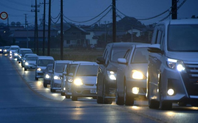 A traffic jam is seen as people evacuate after tsunami advisories were issued following an earthquake, in Iwaki, Fukushima prefecture, Japan, in this photo taken by Kyodo November 22, 2016. Reuters