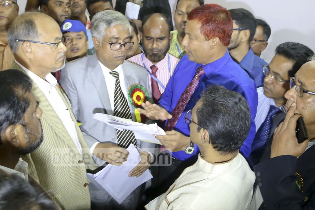 BNP candidate Sakhawat Hossain Khan submits his nomination paper for Narayanganj City Corporation elections on Thursday.