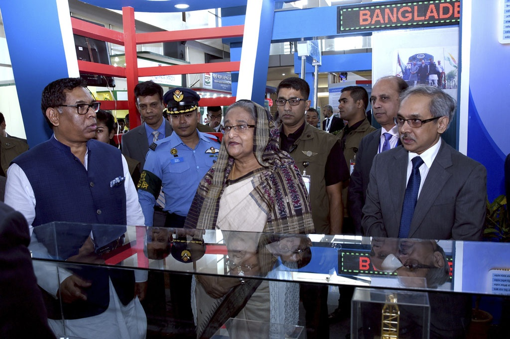 Prime Minister Sheikh Hasina visited the stalls of an exhibition organised to mark National Power and Energy Week 2016 at International Convention City Bashundhara on Wednesday. Photo: Saiful Islam Kallol