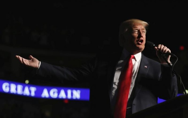 US President-elect Donald Trump speaks during a USA Thank You Tour event at Giant Center in Hershey, Pennsylvania, US, December 15, 2016. Reuters