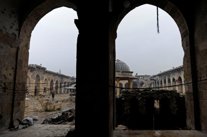 Damage is seen inside Aleppo's Umayyad mosque, Syria December 13, 2016. Reuters