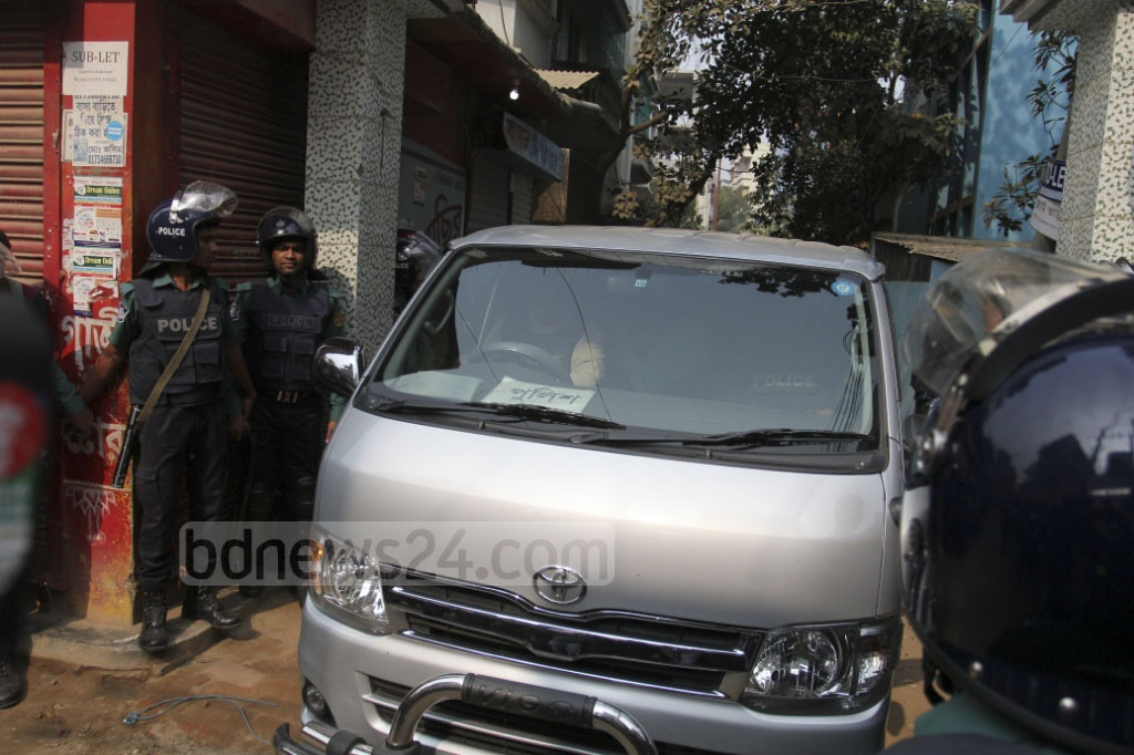 A car carrying an injured child, recovered during a raid on a militant hideout in Dhaka's Ashkona, to hospital on Saturday. Photo: asif mahmud ove