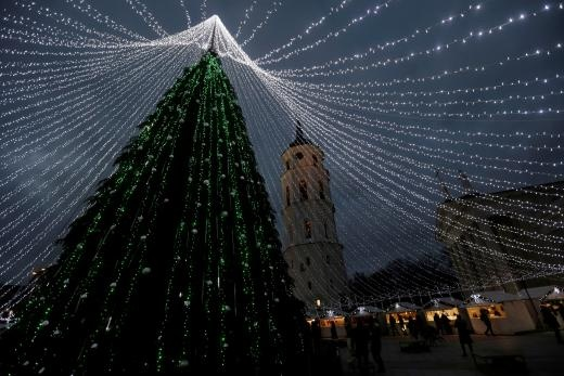 A general view of the Christmas tree in Vilnius, Lithuania, December 6, 2016. REUTERS