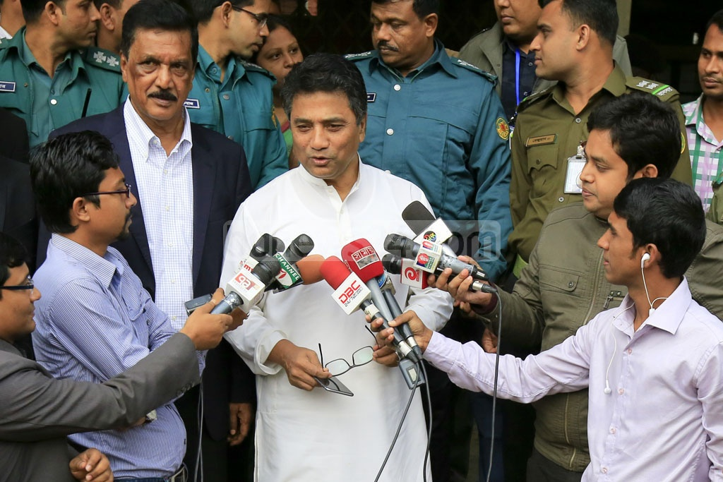 Dhaka North Mayor Annisul Huq speaking to the media on Wednesday after casting his vote in the District Council Polls at a polling station set up in a school at Dhaka's Banani.