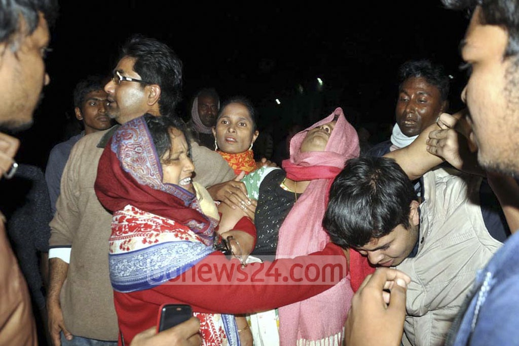 The widow of MP Manjurul Islam Liton and other relatives mourn the death of the ruling Awami League lawmaker from Gaibandha who died after being shot by unknown assailants at his home in Sundarganj on Saturday.