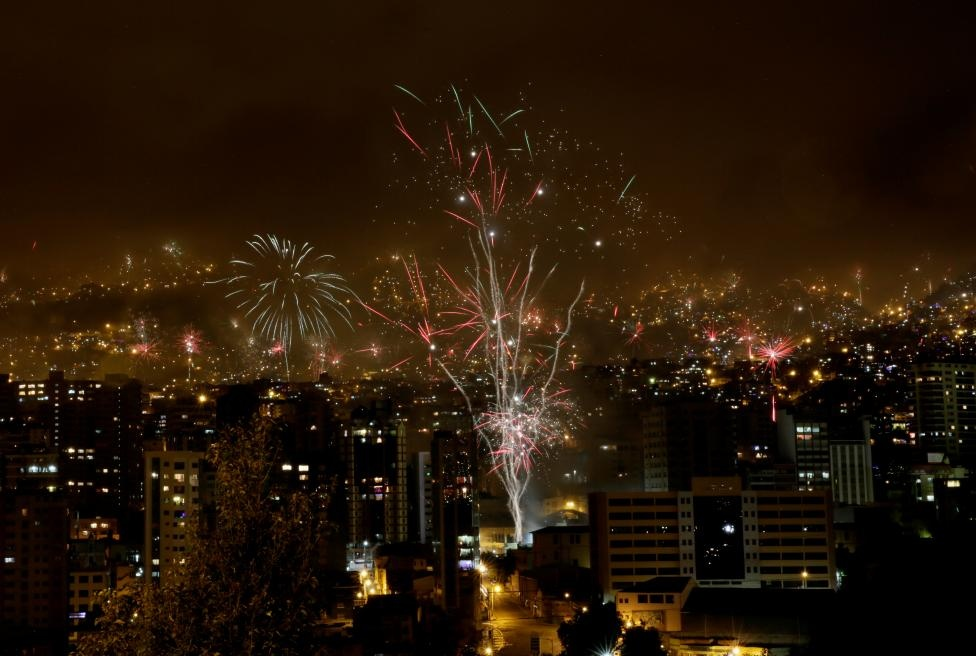 Fireworks explode during New Year celebrations in the city of La Paz, Bolivia, December 31, 2016. REUTERS