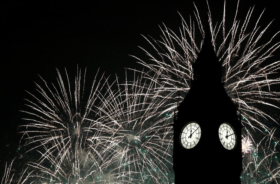 Fireworks explode by the Big Ben clocktower in London, Britain January 1, 2017. REUTERS