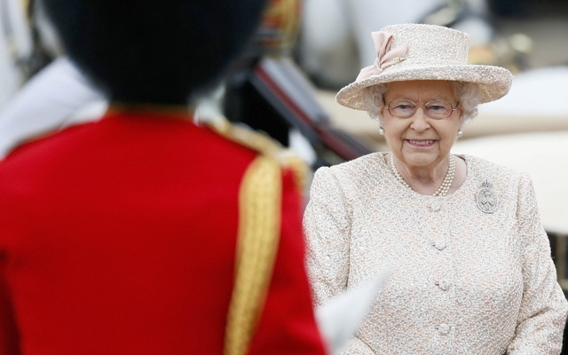 Queen nearly shot by palace guard during early morning walk