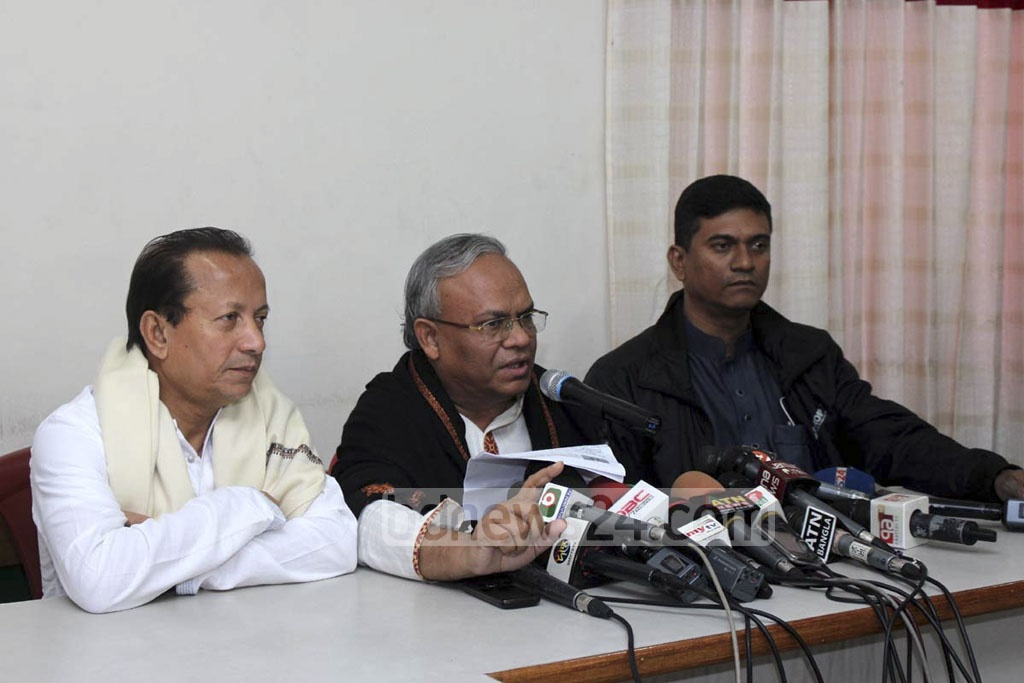 BNP Senior Joint Secretary General Ruhul Kabir Rizvi address a press conference at the Naya Paltan party headquarters on Saturday.
