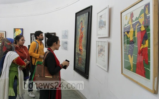 Students of the 50th batch of Faculty of Fine Arts organised an art exhibition at the Zainul Gallery at Dhaka University on Monday.