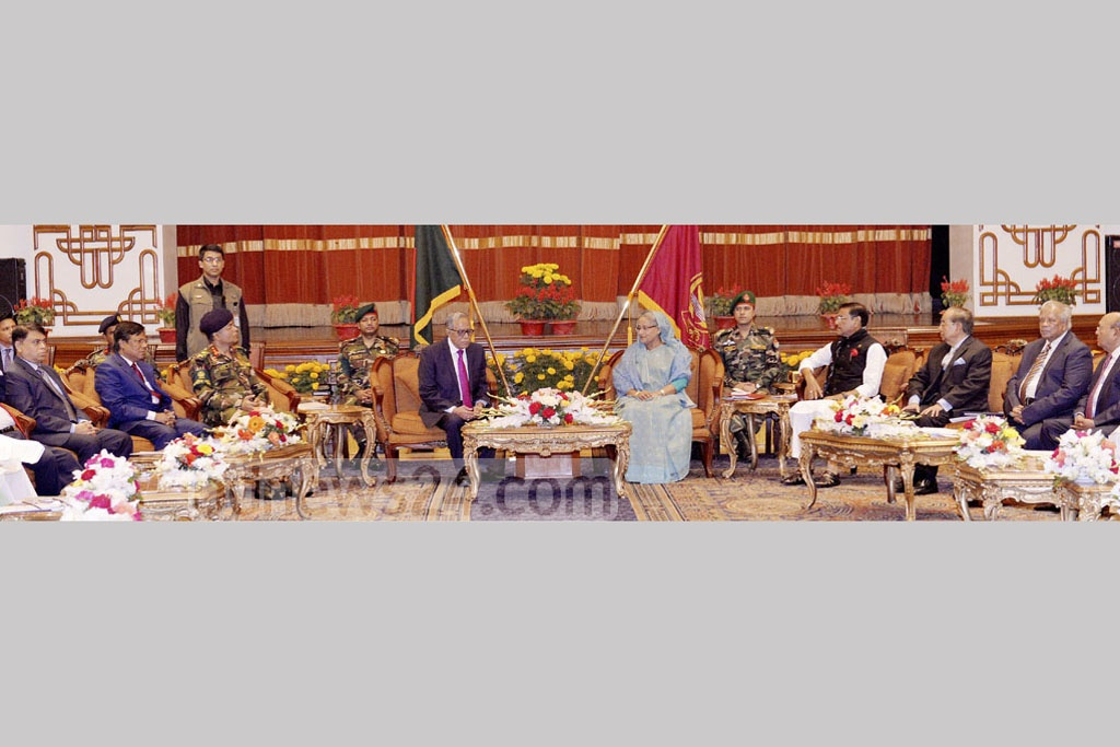 Prime Minister Sheikh Hasina leads ruling Awami League's delegation during talks with President Md Abdul Hamid on next Election Commission at the Bangabhaban on Wednesday. Photo: PID