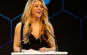 Colombian singer Shakira smiles after receiving the Crystal Award during the annual meeting of the World Economic Forum (WEF) in Davos, Switzerland January 16, 2017. Reuters