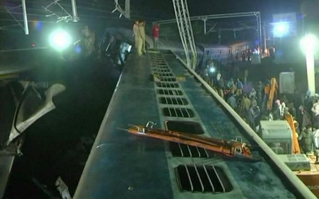 Derailed coaches of a Hirakhand express train from Jagdalpur to Bhubaneswar are seen near Kuneri station, Andhra Pradesh, outside the town of Rayagada, in this still image from video Jan 22, 2017. ANI via Reuters TV