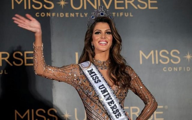Newly-crowned Miss Universe Iris Mittenaere from France waves during a news conference inside a Mall of Asia arena in metro Manila, Philippines January 30, 2017. Reuters