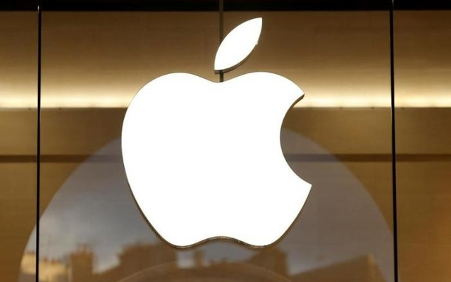 The Apple logo is seen on the facade of the new Apple Store in Paris, France, Jan 5, 2017. Reuters