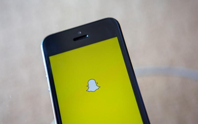 A portrait of the Snapchat logo in Ventura, California December 21, 2013. Reuters