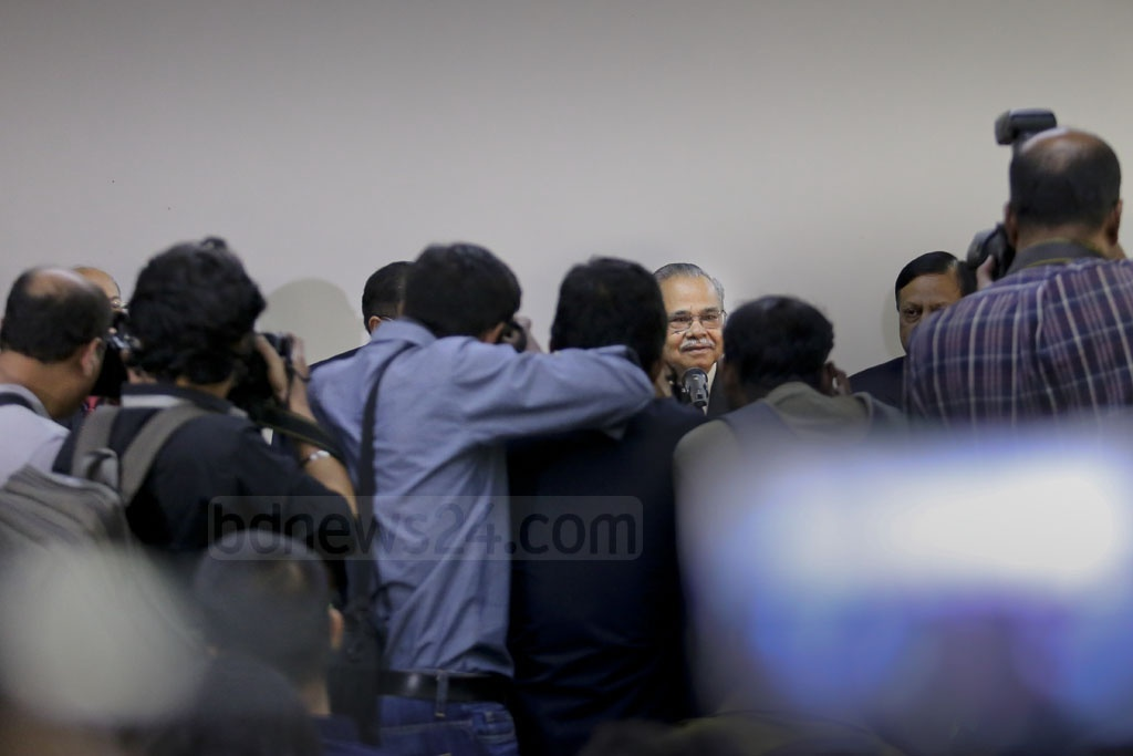 Outgoing Chief Election Commissioner Kazi Rakibuddin Ahmad meet the press with colleagues at the new office of the Election Commission at Dhaka's Sher-e-Bangla Nagar on Wednesday. Photo: asaduzzaman pramanik