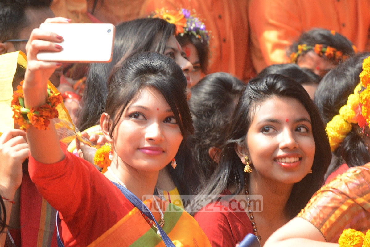 Selfies snapped to preserve that perfect moment during spring festivities at Chittagong's DC Hill. Photo: suman babu