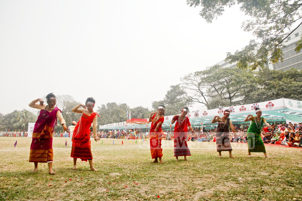 Students of Eden Mohila College perform tribal group dance during the closing ceremony of their annual sports competition on Sunday.