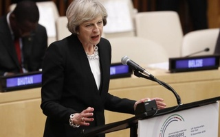 Britain's Prime Minister Theresa May speaks during a high-level meeting on addressing large movements of refugees and migrants at the United Nations General Assembly in Manhattan, New York, US, September 19, 2016. Reuters