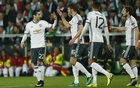 United ease past St Etienne but suffer injury blows