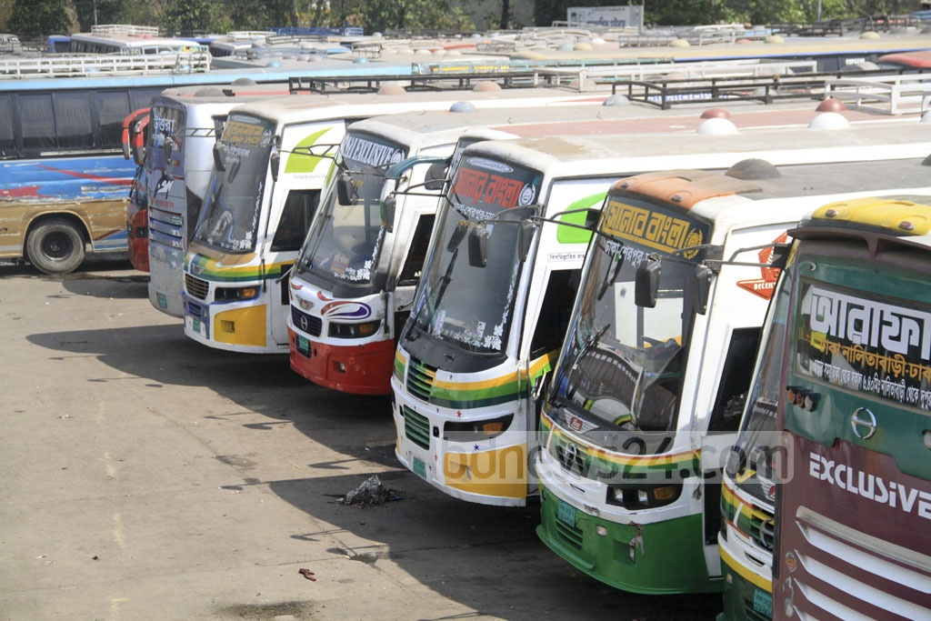 No buses left from the inter-district terminals at Dhaka's Sayedabad, Gabtoli and Mohakhali on Tuesday during indefinite transport strike. Picture taken from the Mohakhali terminal. Photo: abdul mannan