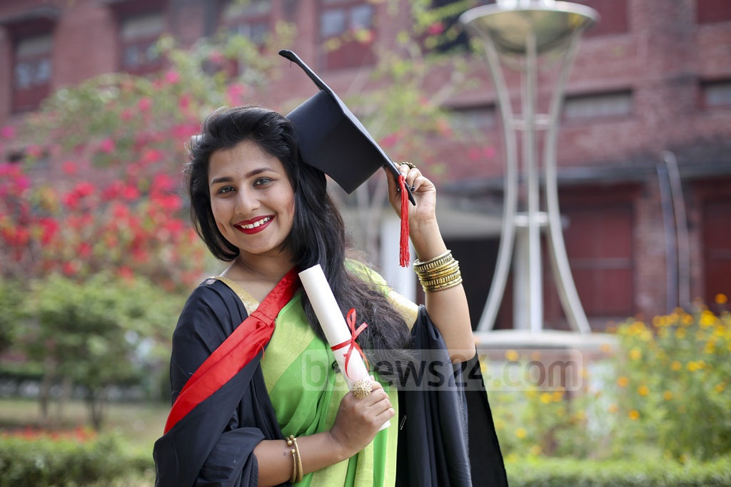 Jubilation after the graduation ceremony at the 50th Convocation of Dhaka University on Saturday. Photo: asaduzzaman pramanik