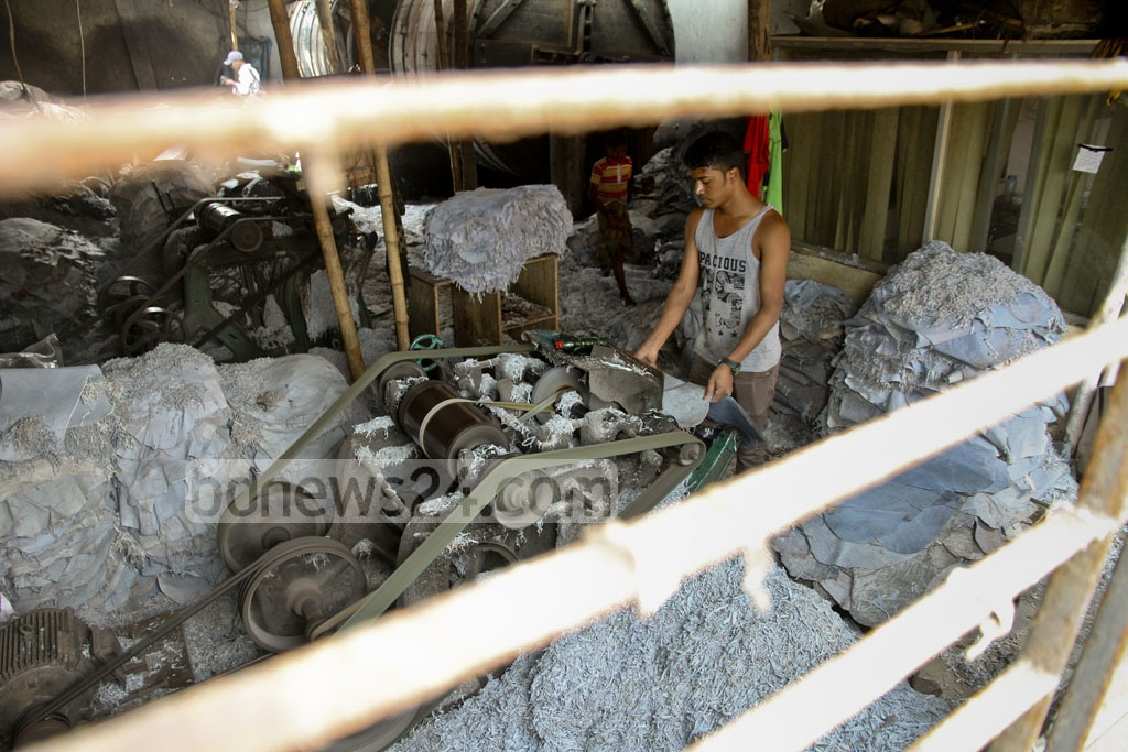 Work as usual in most tannery factories in Hazaribagh on Tuesday despite a court order to snap gas, electricity and water supplies to the factories in a bid to shut down the tanneries inside the city. Photo: tanvir ahammed