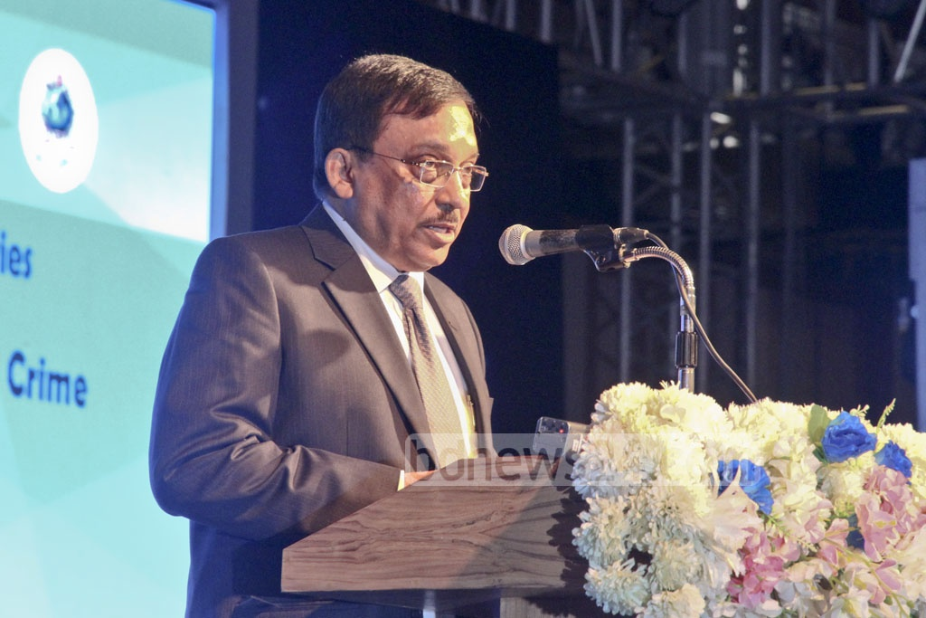 Home Minister Asaduzzaman Khan Kamal speaks at the international police conference in Dhaka on Sunday. Participants from 15 countries are discussing issues of militancy, terrorism and transnational crime at the three-day conference. Photo: tanvir ahammed