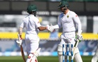 De Kock, Bavuma give South Africa lead in second Test