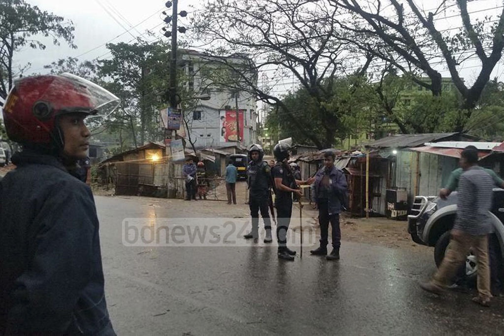 Armed forces launched an assault on a suspected militant den in Sylhet's Shibbarhi around 9 am on Saturday. Police had laid siege to the compound for about 30 hours before the assault.