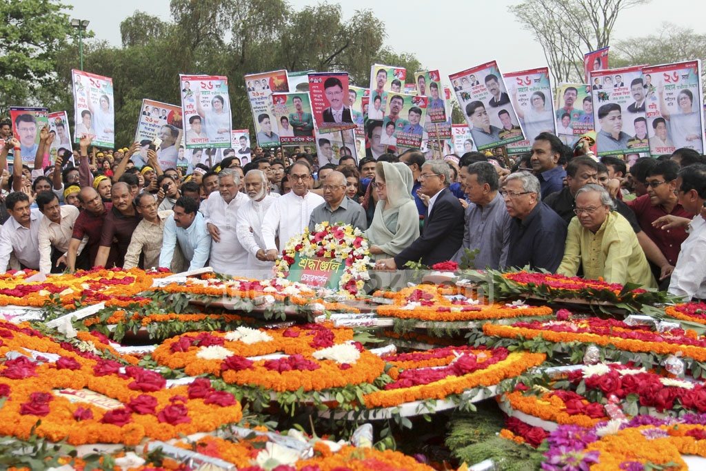Khaleda Zia and other BNP leaders lay wreaths at the National Mausoleum on Independence Day. Photo: asif mahmud ove