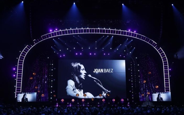 32nd Annual Rock & Roll Hall of Fame Induction Ceremony - Show – New York City, US, 07/04/2017 – Joan Baez is inducted. Reuters