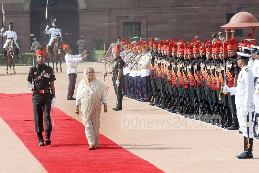 Prime Minister Sheikh Hasina was given the Guard of Honour at the Rashtrapati Bhavan in New Delhi on Saturday. Photo: Indian Ministry of External Affairs
