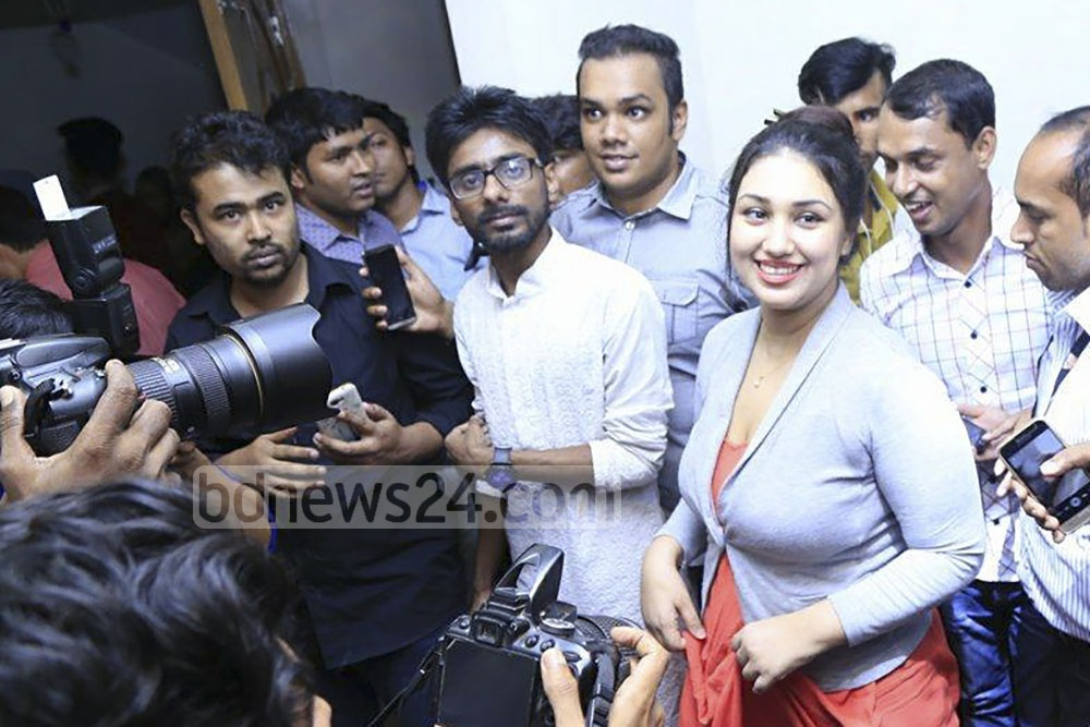 After an exploding interview with a TV channel, actress Apu Biswas met the media at her home in Dhaka's Niketan on Monday. She says she married co-actor Shakib Khan in 2008 and gave birth to their son last year.