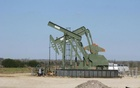 Oil hits five-week top on geopolitical tensions, strong demand