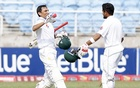Younis reaches 10,000 Test runs in first for Pakistan