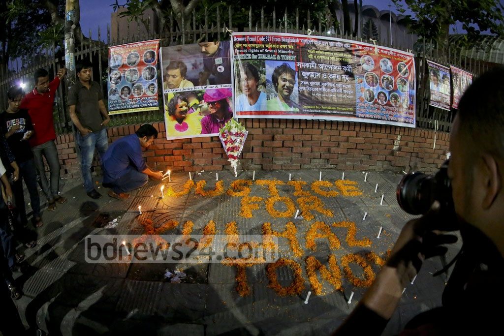 A year has passed since LGBT activists Xulhaz Mannan and Mahbub Rabbi Tonoy were hacked to death by suspected militants. Activists under the banner of 'Free Thinkers Movement BD' light candles at Dhaka's Shahbagh to demand justice for victims of religious extremism. Photo: asaduzzaman pramanik