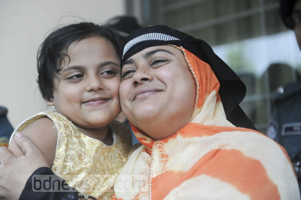 Five-year-old Sumaiya reunites with her mother on Thursday, 24 days after her abduction from Dhaka's Kamrangirchar.