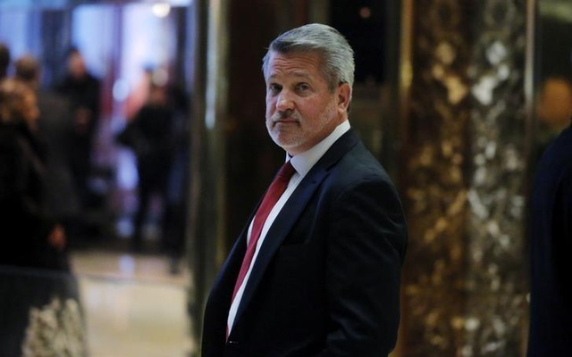 Former Fox News President Bill Shine departs after meeting with US President-elect Donald Trump at Trump Tower in the Manhattan borough of New York, US, Nov 21, 2016. Reuters