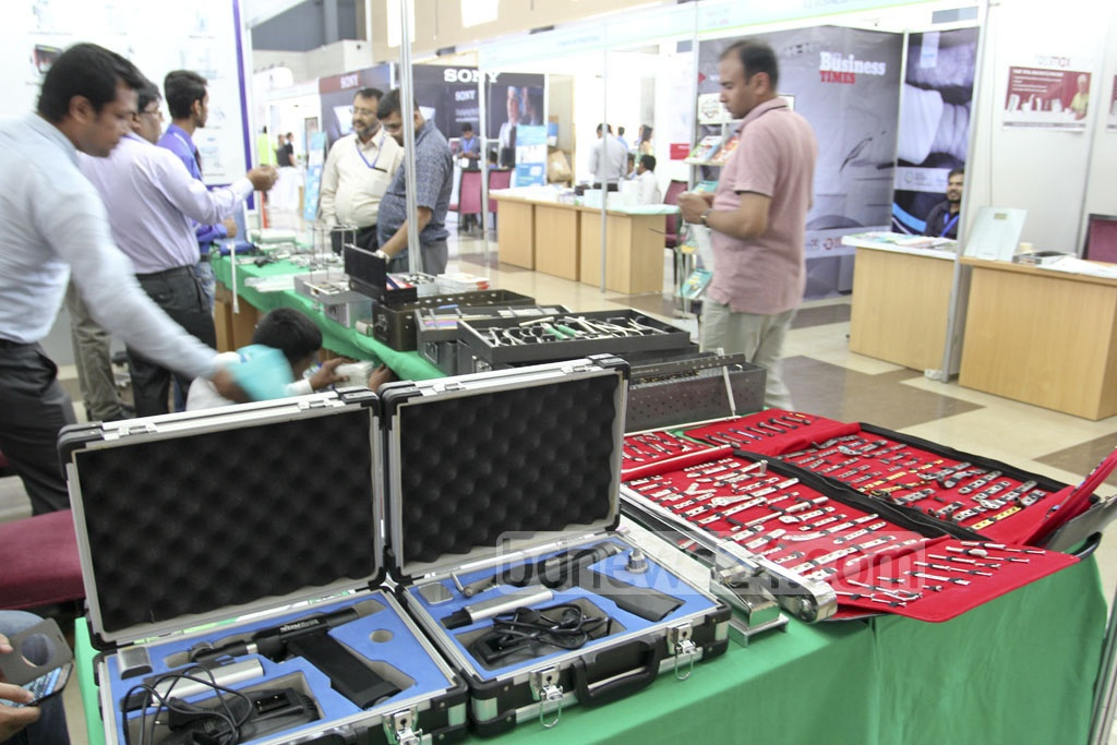 Meditex 2017, a three-day exhibition of medical equipment, starts at Dhaka's Bashundhara International Convention City on Thursday. Photo: asif mahmud ove