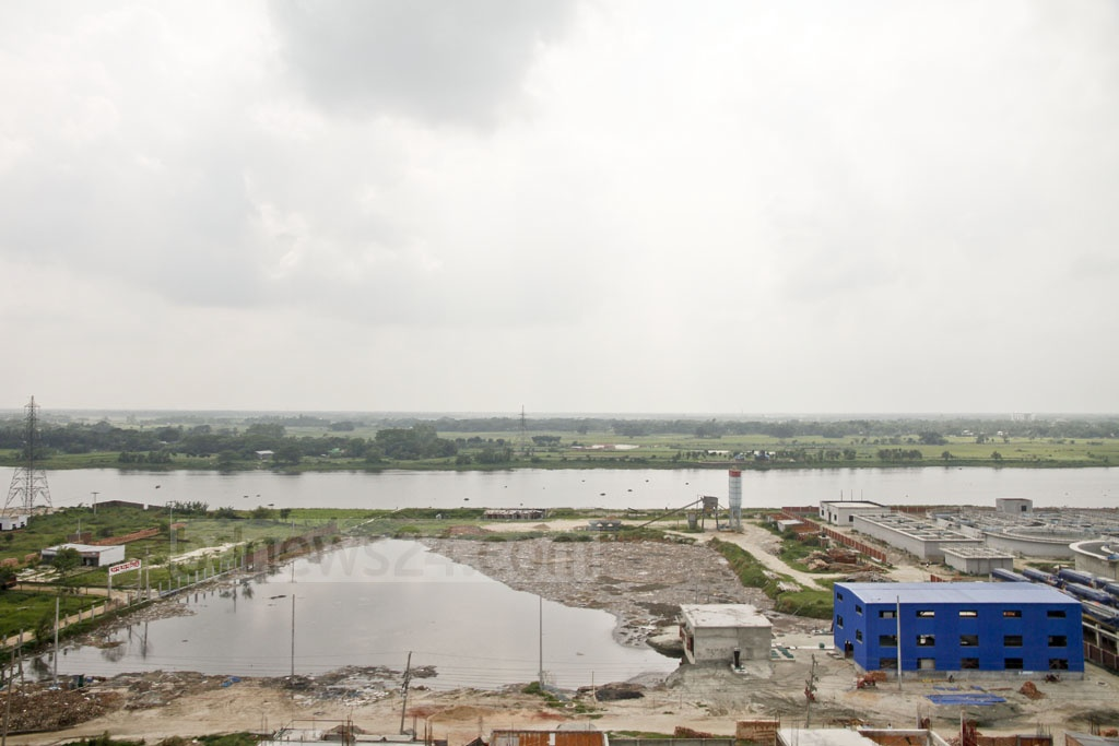 The waterbody beside the Dhaleshwari river at the leather industrial city in Savar's Hemayetpur is being used for dumping waste. The photo was taken on Saturday. Photo: tanvir ahammed