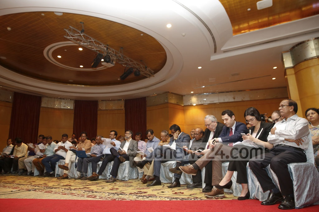 Diplomats and editors attend Khaleda Zia's press conference where she unveiled the BNP's Vision 2030, a development roadmap, at the Westin hotel in Dhaka on Wednesday. Photo: mostafigur rahman