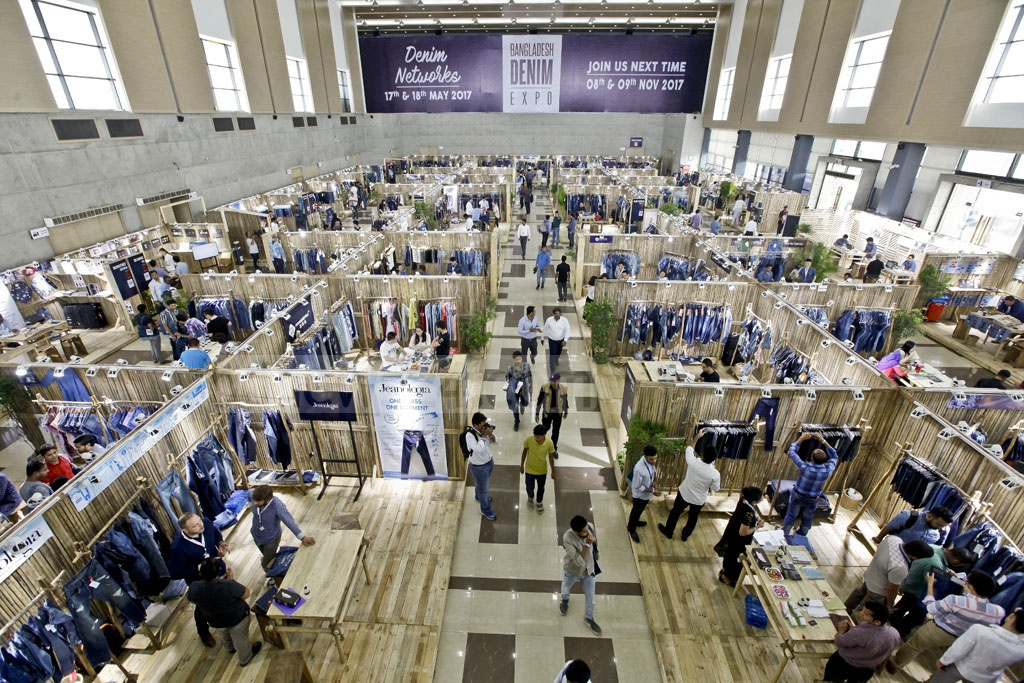 A two-day denim expo began at the International Convention City Bashundhara in Dhaka on Wednesday. The expo will feature denim goods from 12 different countries.