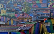 A view of colourful houses at the Kampung Pelangi village in Semarang, Indonesia, May 14, 2017. (Reuters)
