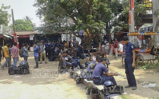 Additional police contingents deployed at Jahangirnagar University on Sunday following demonstrations protesting death of two students in a road crash.