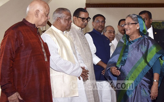 Cabinet members see off Prime Minister Sheikh Hasina on Monday before she left for Vienna to attend a conference of the International Atomic Energy Agency.
