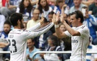 Zidane undecided on Bale-Isco dilemma but will not be swayed by public opinion